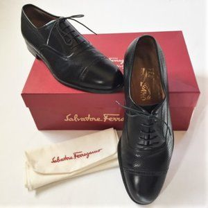 SALVATORE FERRAGAMO men's oxfords, black sz 9 EE